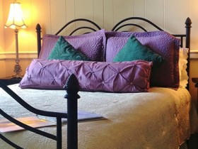 Gibsonville NC Bed & Breakfast Inn Guest Room - Room 101
